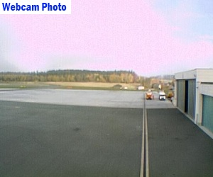 Hof-Plauen Airport Photo